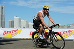 Yokohama Triathlon 2011 Bike Turn.jpg